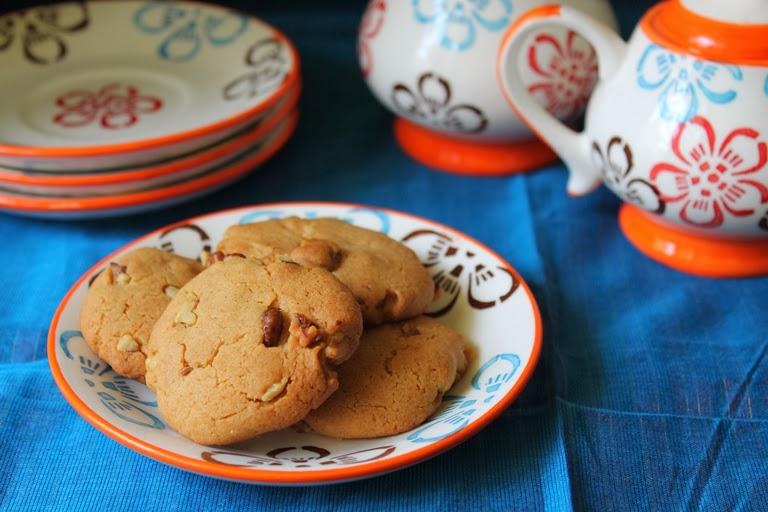 Eggless Honey Walnut Cookies