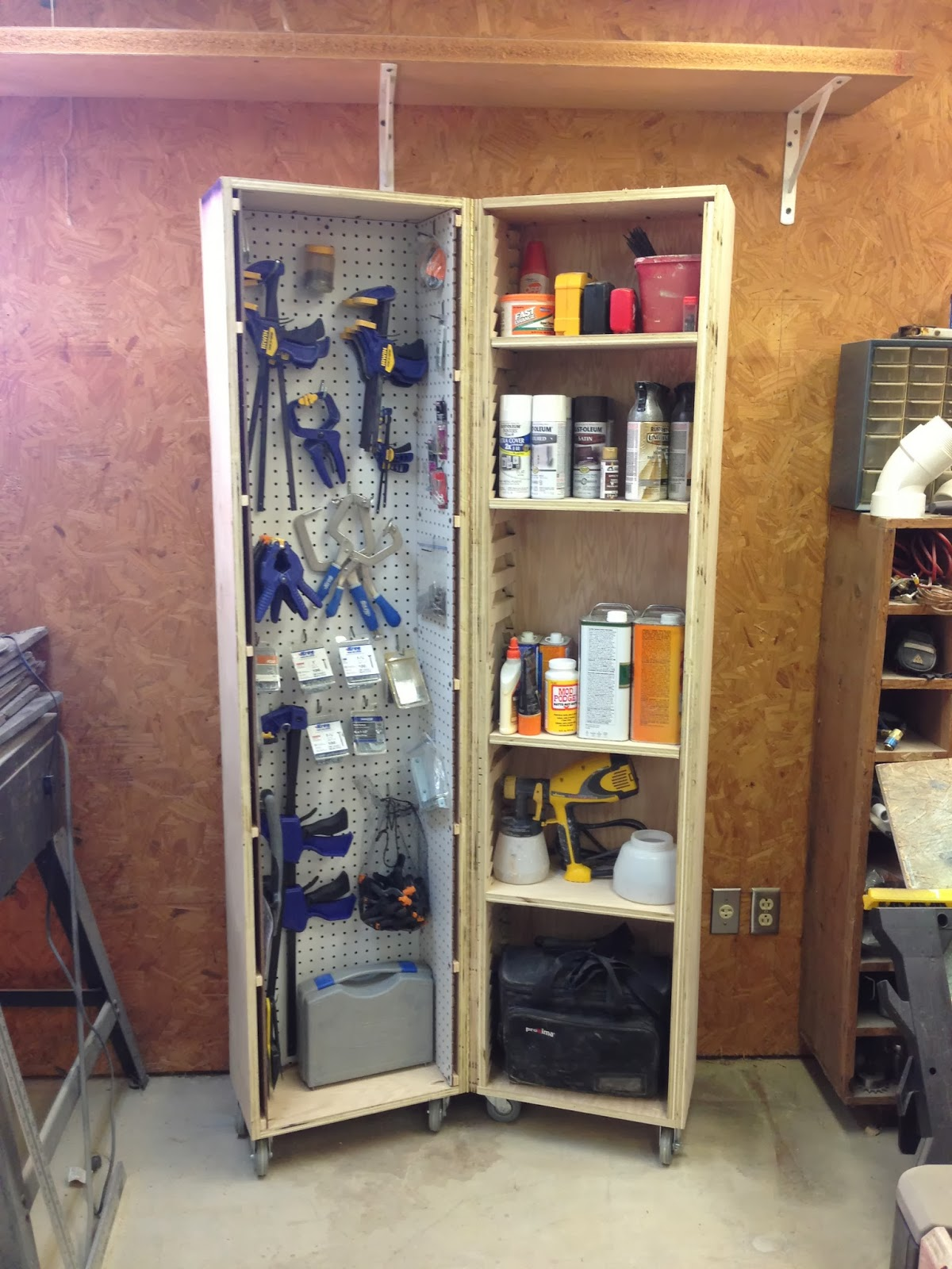 Wilker Do S Diy Rolling Storage Cabinet