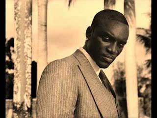 Akon nobody wanna see us lyrics