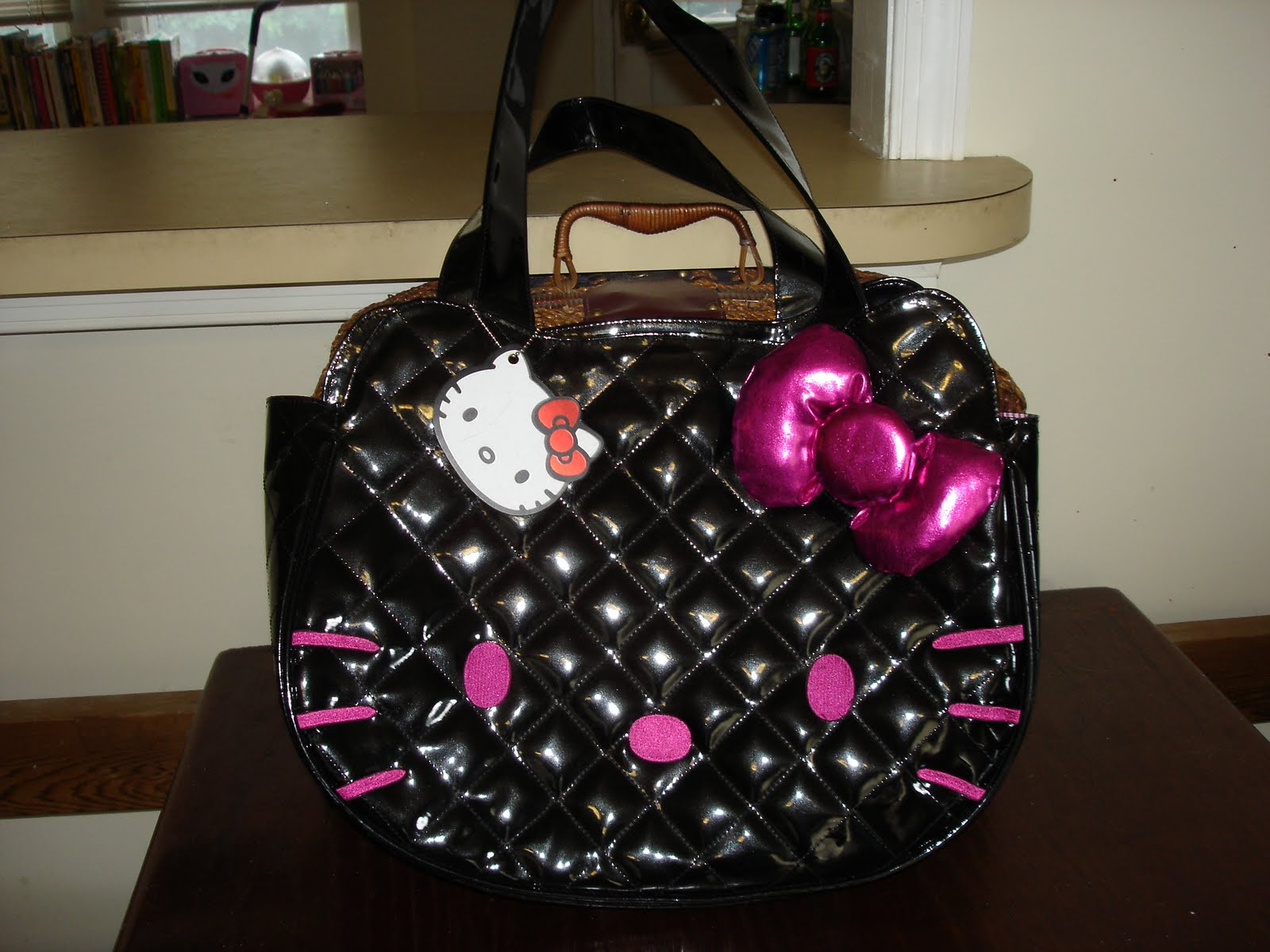 Totally Hello Kitty Obsessed: Hello Bags! : hello kitty quilted bag - Adamdwight.com