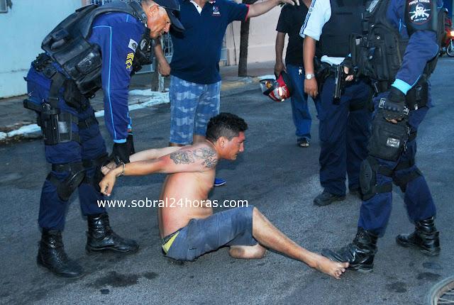 Bandido ousado pratica assalto em frente a delegacia de polícia civil de Sobral.