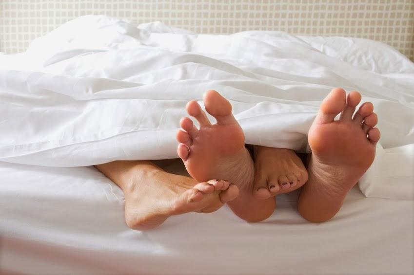 Kisah Suami Isteri Dan Anak Di Malam Jumaat