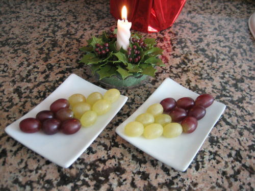 Uvas de Nochevieja de forma creativa en Recicla Inventa