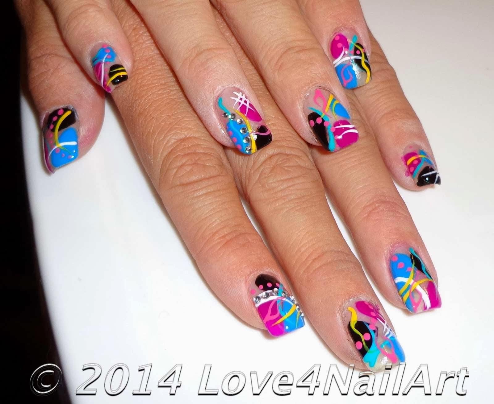 Love4NailArt: Abstract Nail Art for Short Nails