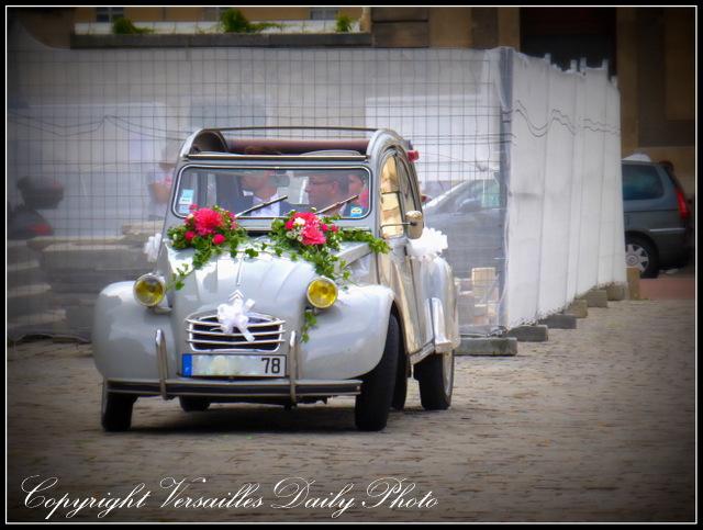 Deux Chevaux wedding Versailles