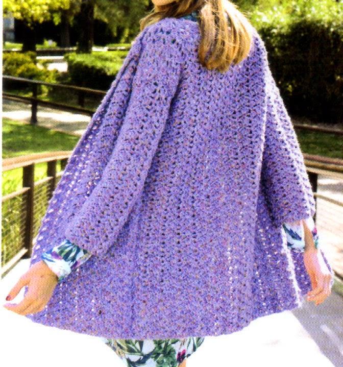 saco largo estilo folk tejido en crochet (espalda)