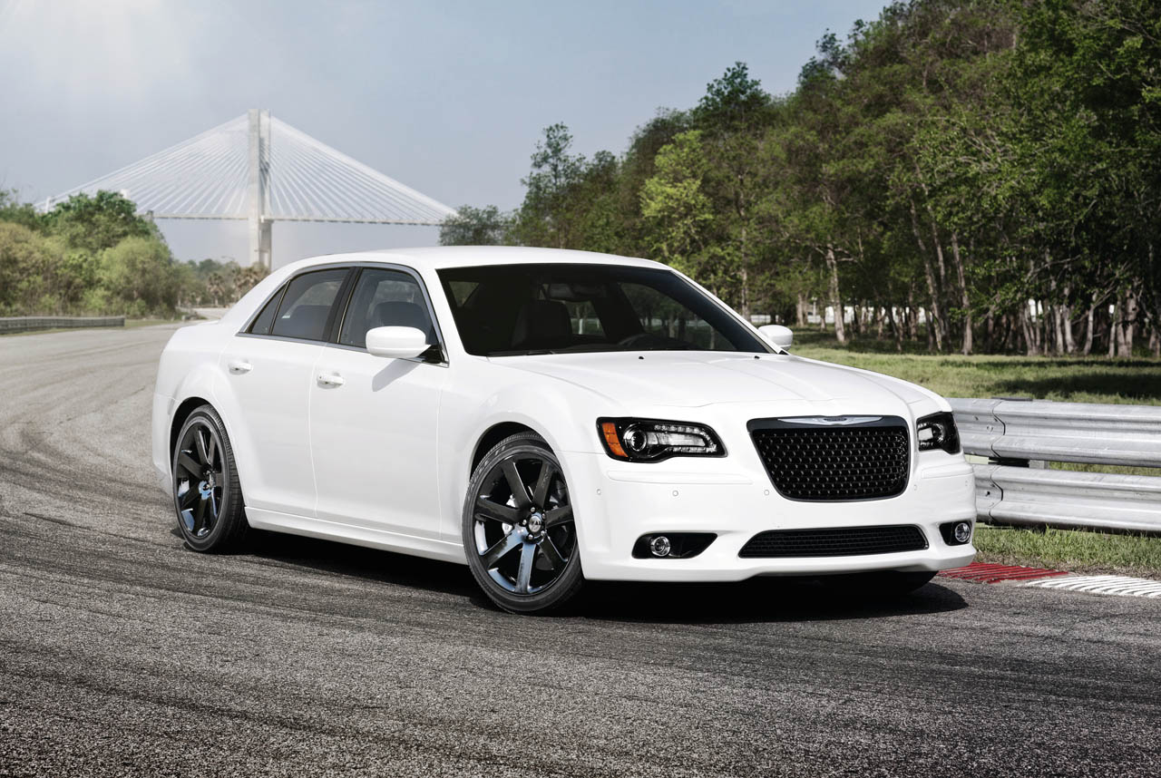 the best of cars chrysler 300c srt 8. Black Bedroom Furniture Sets. Home Design Ideas