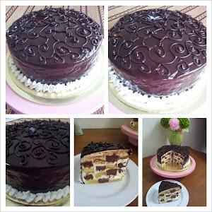 CHACKERED CAKE