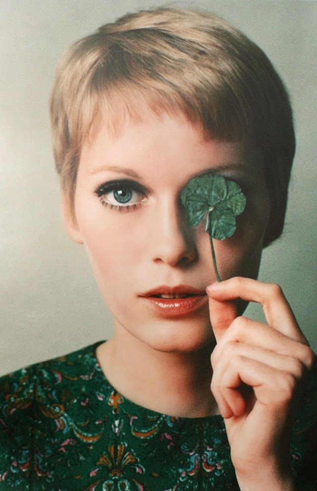 What Were Popular Hairstyles In The 1960s : Beautiful portraits of mia farrow with pixie haircut in the s