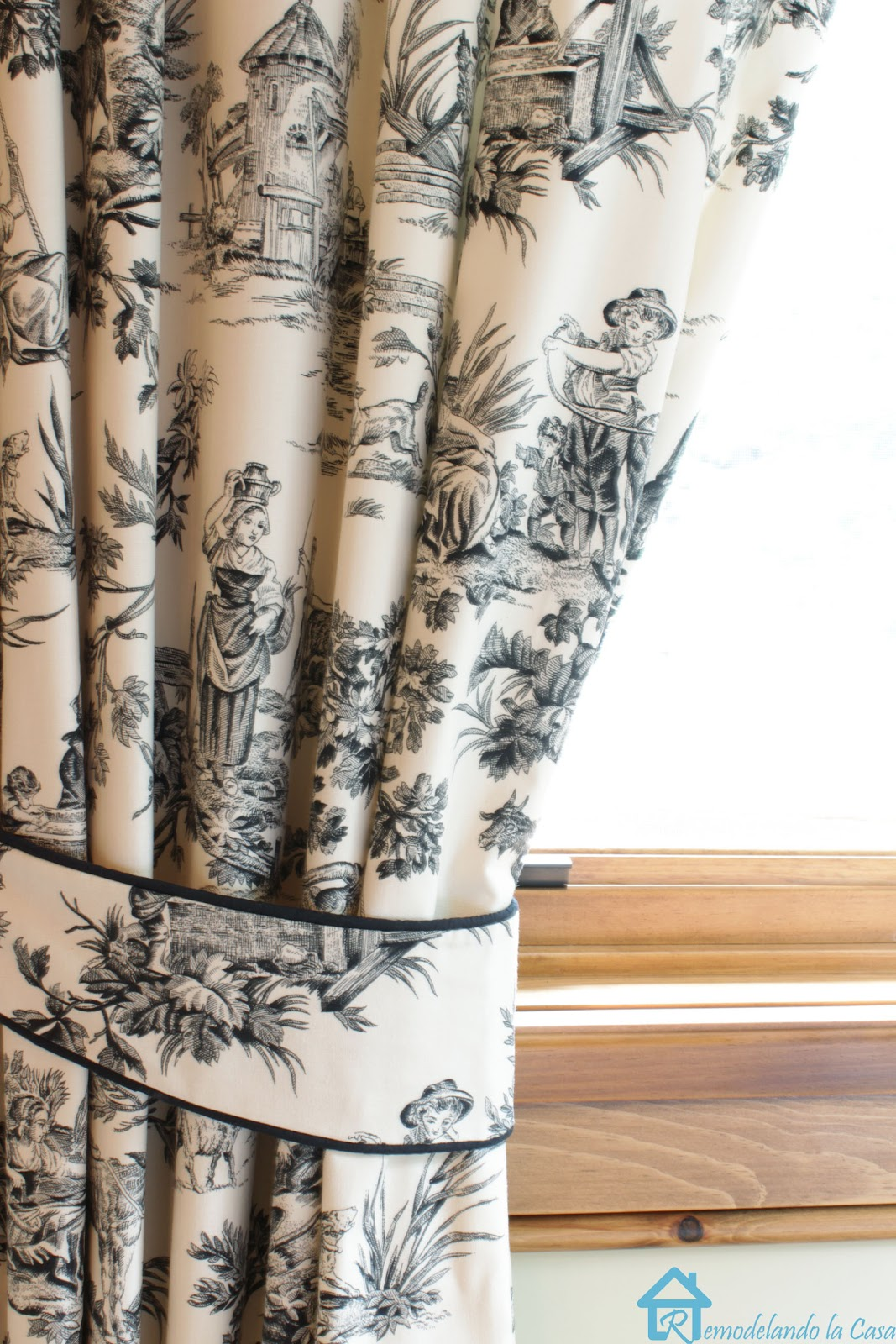 blue toile fabric - Curtains