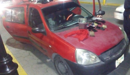 Auto color rojo