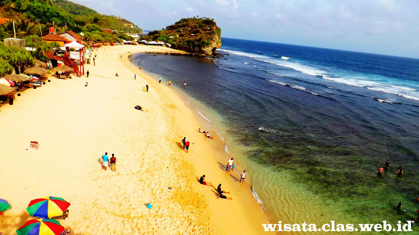 Pantai Indrayanti Wisata Pantai menarik dan eksotis di Gunungkidul Yogyakarta