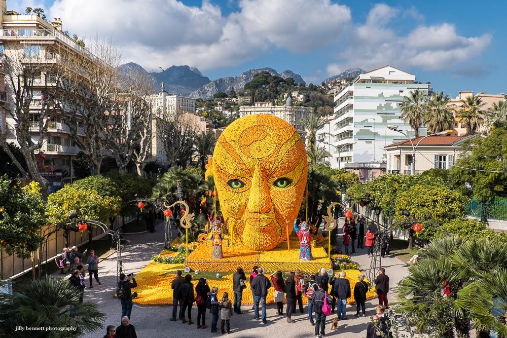 Menton daily photo f te du citron the mask for Jardin bioves 2015