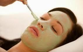 Tips Perawatan Alami Untuk Wajah Berjerawat