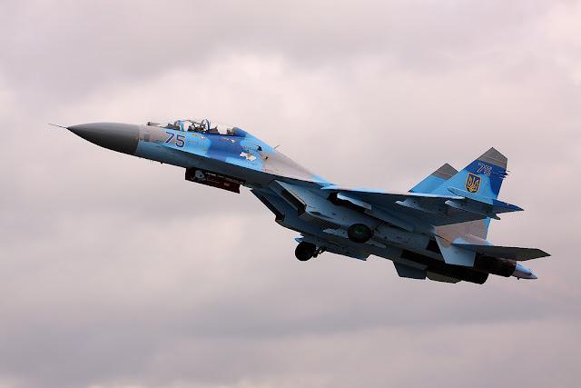 Su-27 flanker takeoff gears