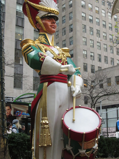 Wooden Soldier in New York.