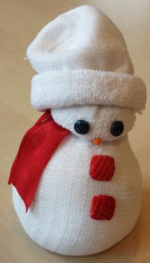 Kidissimo comment fabriquer un bonhomme de neige avec une - Chaussette de noel a fabriquer ...