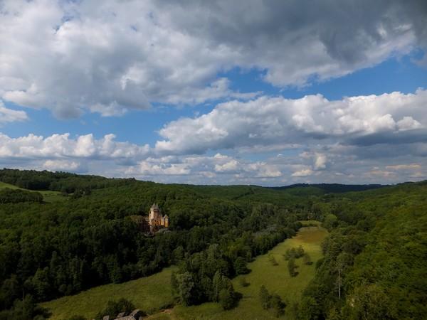 dordogne périgord château commarque castrum Eyzies-de-Tayac-Sireuil Eyzies laussel