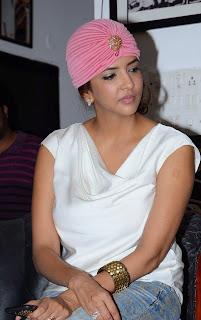 Actress Manchu Lakshmi Pictures in Jeans at Dongata Platinum Disc Function  10.JPG