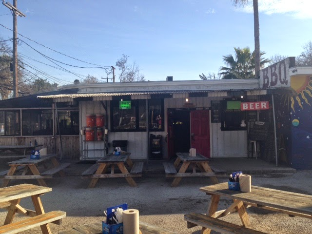 Man Up Tales Of Texas Bbq 1st Visit To B Amp D Ice House