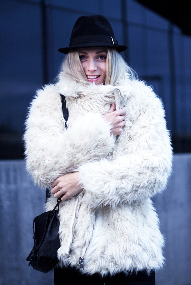 Fashion Attacks outfit ootd new faux fur fluffy H&M coat