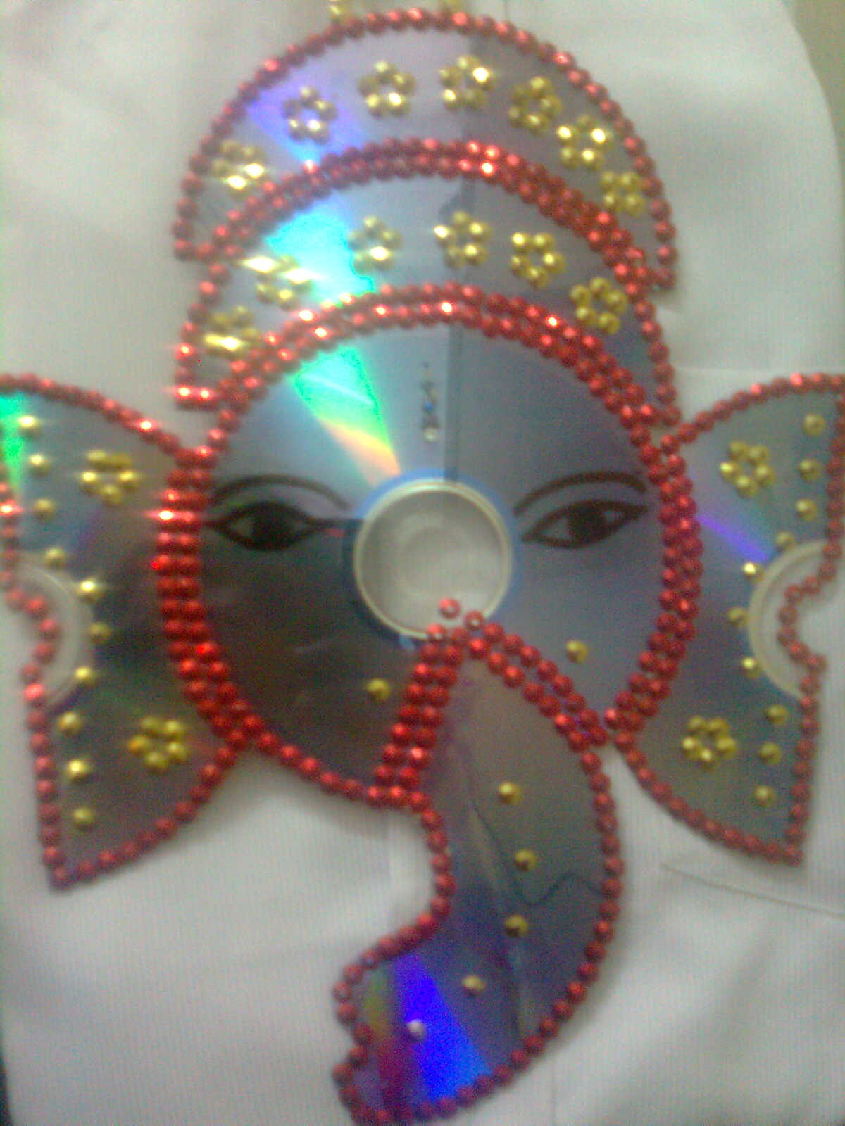 Maha arts crafts cd ganesh vinayagar for Craft using waste