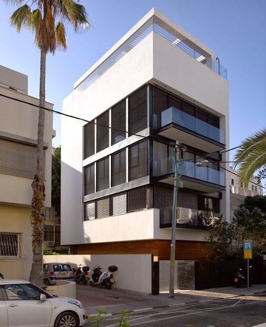 Simplicity love tel aviv townhouse israel pitsou kedem architects - Ggr architecten ...