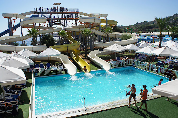 splash n fun waterpark malta