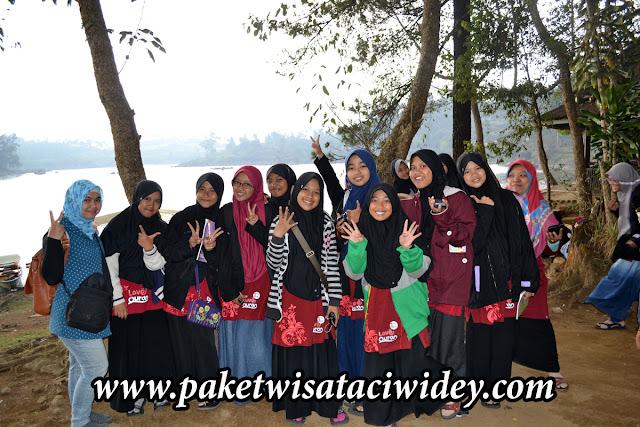 Kunjuang MTS AL Kautsar Banjar Ciamis di Situ Patenggang - Walini dan Kawah Putih