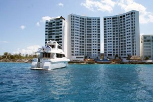 Cozumel marine rent a catamaran snorkel