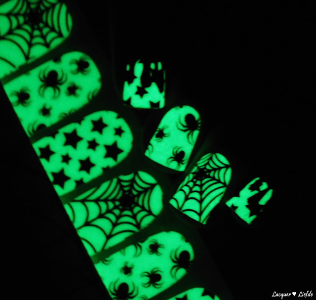 Thumbs Up Halloween Special Nail Wraps Glow in the Night - Midnight Party