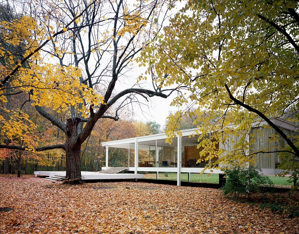 Four seasons at the farnsworth house modern design by for The farnsworth