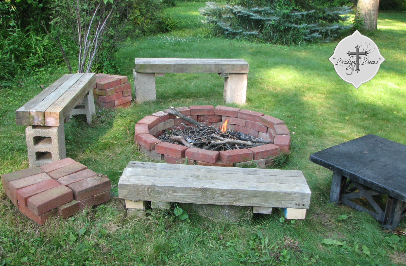 Brick fire pit made of 2017 2018 best cars reviews for Backyard brick fire pit