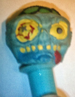 Blue monster head pen