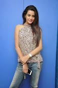 Diksha panth glamorous photos-thumbnail-8