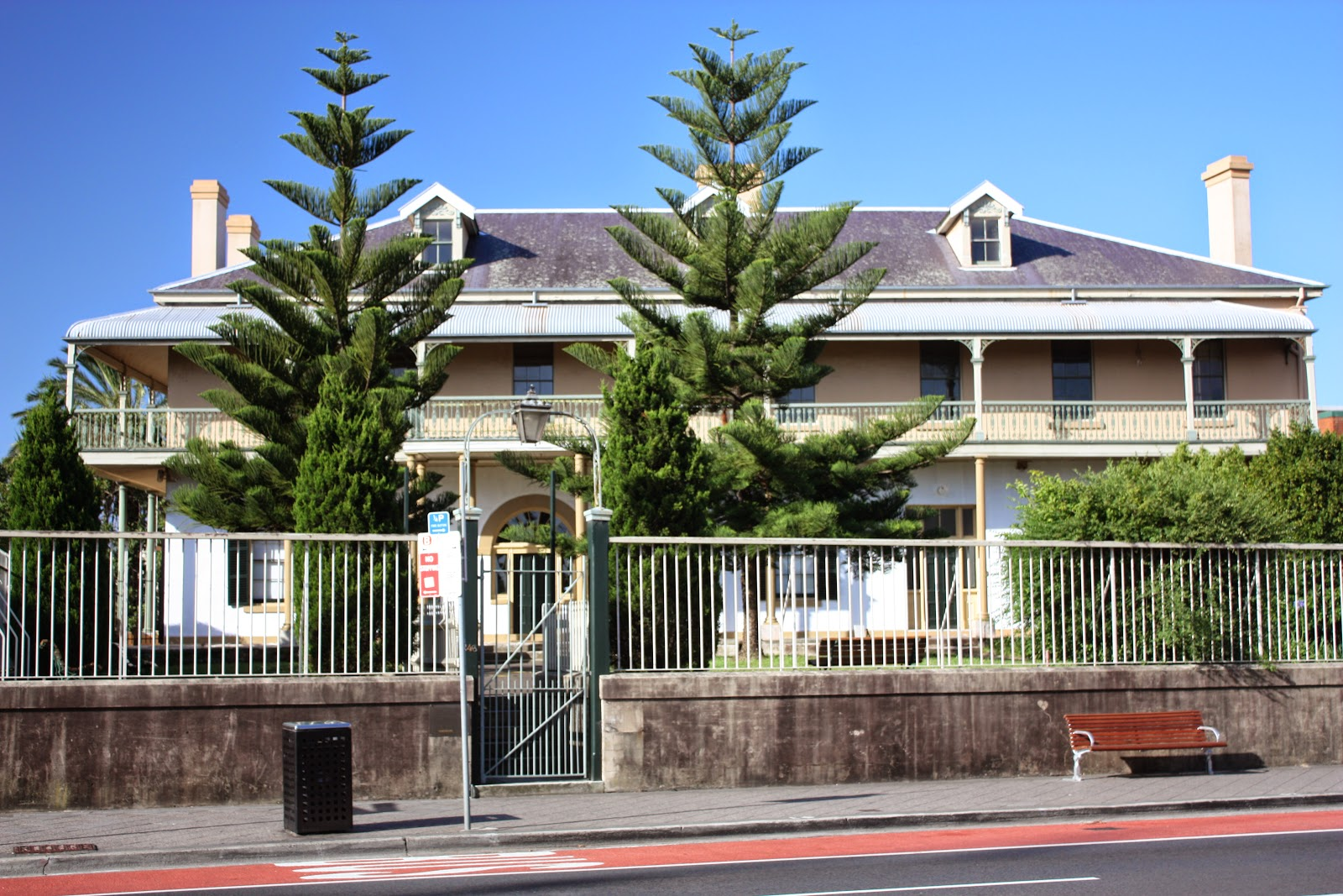 Sydney city and suburbs paddington juniper hall for Juniper house