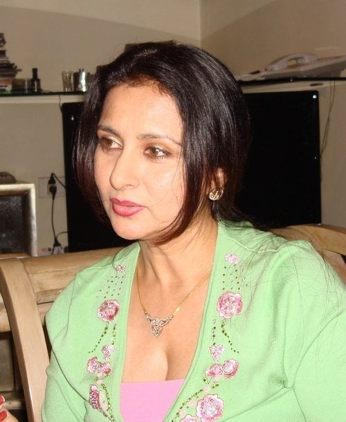 poonam dhillon second marriage