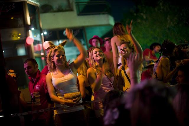 O que fazer a noite em Hollywood