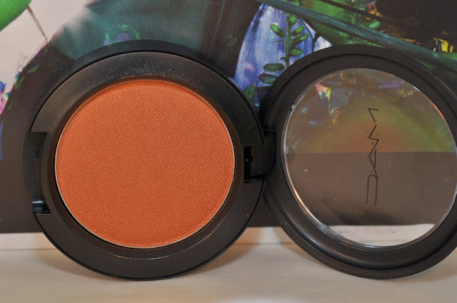 MAC powder blush in Worldly Wealth
