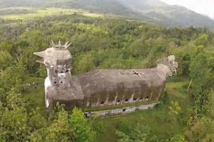 Bangunan Berbentuk Ayam di Magelang Ini Hebohkan Dunia