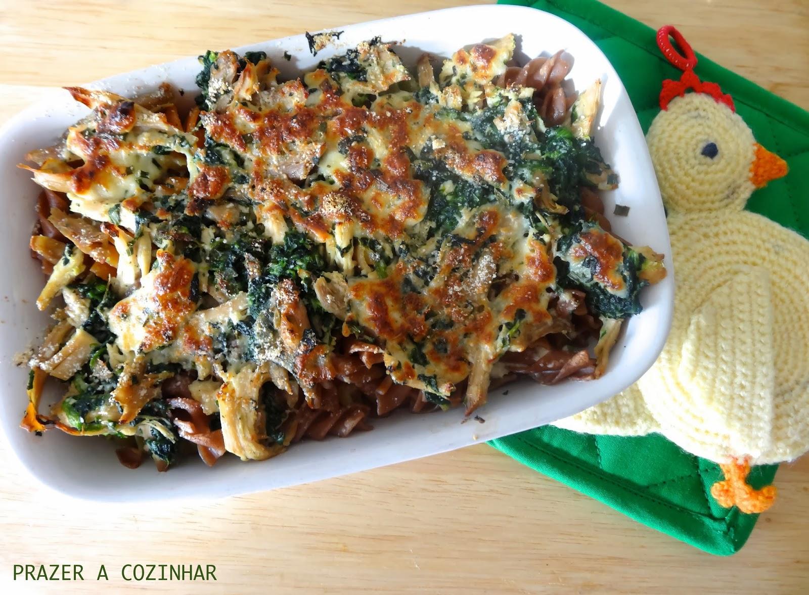 prazer a cozinhar - Gratinado de frango e espinafres