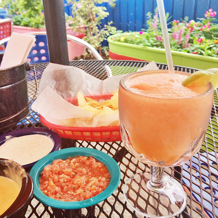 Chuy's Dallas Texas Peach Margarita