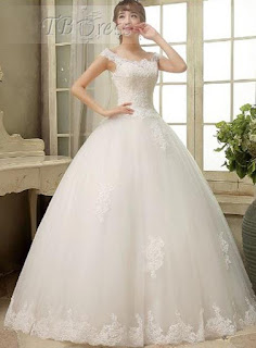 http://www.tbdress.com/product/Sweet-A-Line-Off-The-Shoulder-Applique-Floor-Length-Wedding-Dress-11220943.html