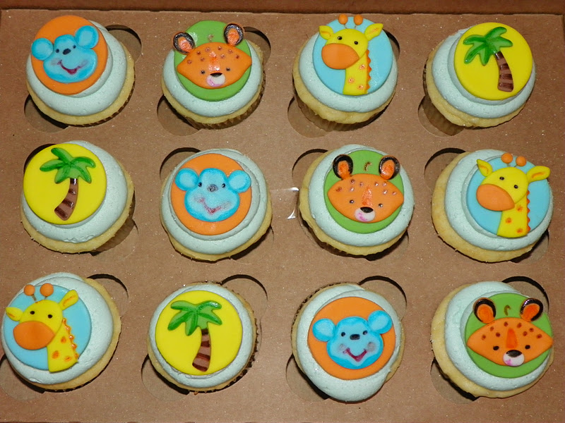 Then We Created Fondant Circle Toppers Featuring The Palm Trees, Giraffes,  Monkeys And Cheetahs From The Fisher Price Line Of Baby Shower ...