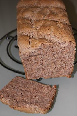 Pan de espelta integral, trigo integral y centeno integra