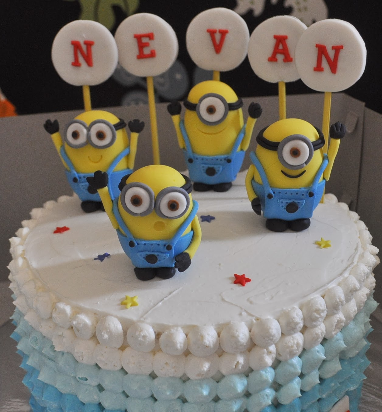 Minion Cake Making Kit