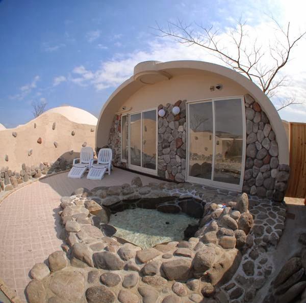 Построить дом с бассейном своими руками