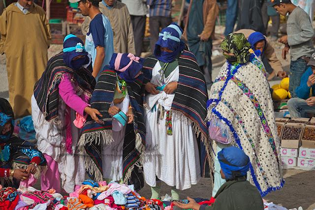 Mercado en el Imilchil Moussen