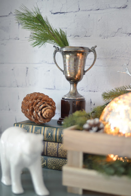 whitewashed brick wallpaper | rustic Christmas decorations | Ramblingrenovators.ca
