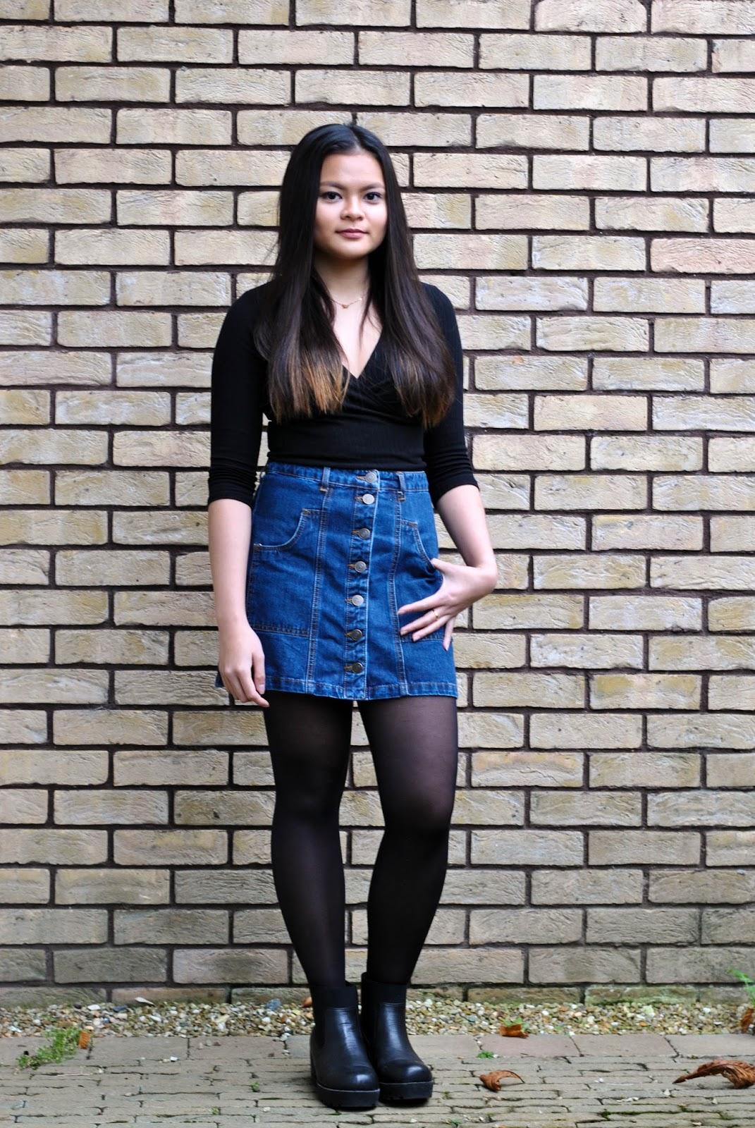 Two Sisters Blogginu0026#39; // ootd denim skirt